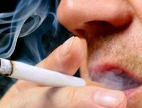 Merokok menurunkan jumlah sperma