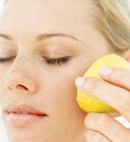 Menghilangkan komedo dengan buah lemon