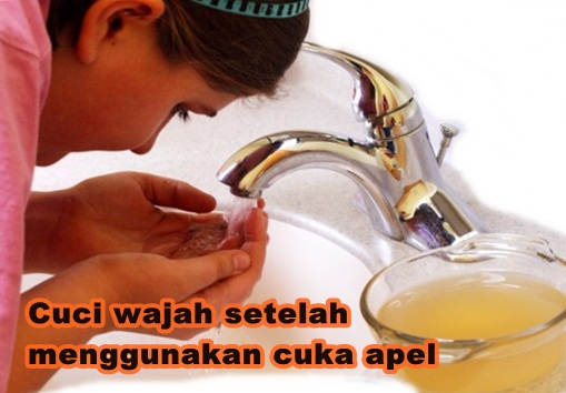 Mencuci muka menghilangkan jerawat