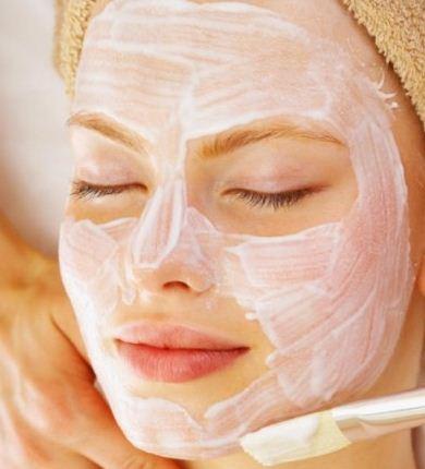 Cara merawat kulit wajah kering secara alami