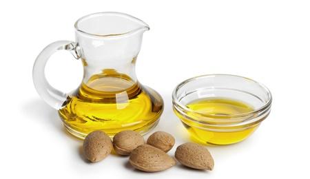 Minyak almond untuk menghilangkan bekas luka bakar