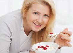 Manfaat Yogurt untuk Kesehatan Wanita