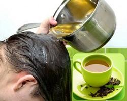 Obat tradisional seduhan teh hijau dapat melebatkan rambut secara alami